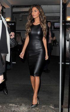 Nicole Scherzinger left riverside studios in london looking so gorgeous in this leather cut out midi dress. Nicole Scherzinger, Sexy Women, Look Fashion, Womens Fashion, Fashion Black, Dress Fashion, Runway Fashion, Trendy Fashion, Fashion News