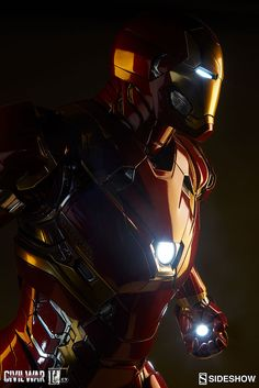 Marvel Iron Man Mark XLVI Legendary Scale(TM) Figure by Side | Sideshow Collectibles