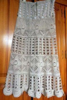 falda hecha a mano y a medida a ganchillo en color arena