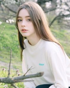 Beautiful Girl Image, Beautiful Women, Pretty Girls, Cute Girls, European Girls, Beauty Portrait, Aesthetic Girl, Ulzzang Girl, Instagram