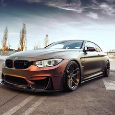 BMW M4 - love this colour