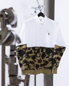 Apparel // A Bathing Ape // Camo Shirt Outfit, Camo Tee Shirts, Bape Outfits, Cool Outfits, Casual Wear For Men, Outfit Grid, A Bathing Ape, Comme Des Garcons, Mode Style