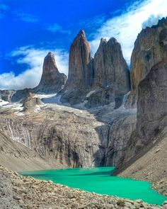 Torres del Paine, Chile, América do Sul Places To Travel, Places To See, Torres Del Paine National Park, Brazil Travel, South America Travel, Travel Photos, Travel Inspiration, Chili, Tourism