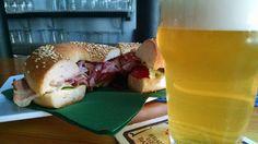 Welcome back ... BAGEL !!! Da oggi grande novità --> il BLT: - Bacon croccante - Lattuga - Pomodori freschi - Maionese Buon appetito :)  #sogood #roma #aventino #circomassimo #craftbeer #bagel #bacon #blt #yummy #food #foodie #foodporn #welovebacon #dafareaROMA