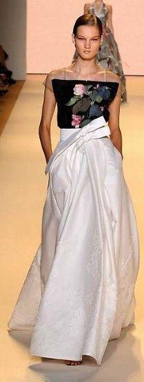 Carolina Herrera ... 2011