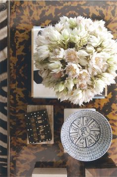flowers and bowls // Coffee tables: art and focal point