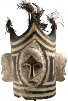 Face Helmet mask, Gabon. Photo credit: Ann Porteus