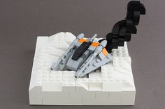 Lego Hoth    OMG, This is awesome and how on hell did the think of making the smoke like this..?