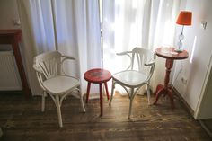 Pastel Chalet | Camera Macilor | Chalet Cosy | Dalghiu | Brasov | Romania | Interior Design | Boutique | Inspiration | Muntii Ciucas Design Boutique, Cosy, Poppies, Dining Chairs, Pastel, Warm, Interior, Furniture, Home Decor