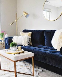 """""""I am not sure that I realized how much a navy blue velvet sofa would completely. : """"I am not sure that I realized how much a navy blue velvet sofa would completely make a room, but it is a showstopper."""" Photo by Eleven Magnolia Lane. Blue Couch Living Room, Navy Living Rooms, New Living Room, Living Room Interior, Blue Living Room Furniture, Living Room Ideas Navy Blue Sofa, Navy And White Living Room, Navy Blue Furniture, Living Room Color Schemes"""