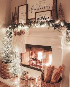 36 Winter Wonderland Ideas for Best Mantel Design These ideas should offer you s. - 36 Winter Wonderland Ideas for Best Mantel Design These ideas should offer you some very good inspi - Decoration Christmas, Farmhouse Christmas Decor, Christmas Mantels, Noel Christmas, Xmas Decorations, Christmas Cookies, Christmas Music, Christmas Fireplace Decorations, Modern Christmas