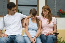 Your Relationship Affects Your Children - By JOHN AND ELAINE LEADEM - Partners in a romance can and do affect the quality of their children's lives. Whether your relationship is strong and in good health or floundering and in dysfunction, it is sure to have an impact.