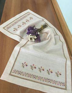 This Pin was discovered by İlk Cross Stitch Borders, Cross Stitch Flowers, Cross Stitch Patterns, Crewel Embroidery, Cross Stitch Embroidery, Cross Stitch Beginner, Bargello, Photo Craft, Needlework