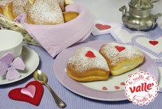 Cuori soffici ripieni alla marmellata: una dolce idea romantica per la colazione di San Valentino!