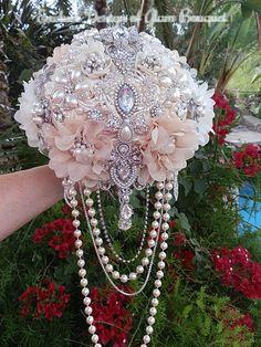 Planning A Fantastic Flower Wedding Bouquet – Bridezilla Flowers Wedding Brooch Bouquets, Bride Bouquets, Flower Bouquets, Pirate Wedding, Just In Case, Flower Arrangements, Marie, Wedding Flowers, Dream Wedding