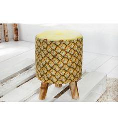 Créez une décoration particulière et originale dans votre salon avec ce magnifique tabouret coloris jaune en fruit ananas réalisé parfaitement en tissu de bo... Outdoor Furniture, Outdoor Decor, Decoration, Modern Design, Ottoman, Stool, Etsy, Home Decor, Hawaii