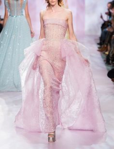 Georges Chakra Fashion Show Spring-Summer 2017 Haute couture Haute Couture Style, Couture Mode, Couture Fashion, Runway Fashion, Paris Fashion, Georges Chakra, Fashion Week, High Fashion, Fashion Show