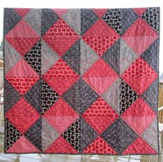 Inspired by Fabric: Tutorial: Two-Color Quilt