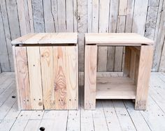 Single pallet bedside tables from reclaimed pallet wood