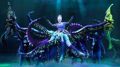 Scenefoto The Little Mermaid, Ursula. Fotocredits: Deen van Meer (c) Disney The Little Mermaid Musical, Little Mermaid Play, Little Mermaid Costumes, Broadway Costumes, Theatre Costumes, Musical Theatre, Diy Costumes, Sea Costume, Rain Costume
