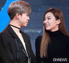Seulmin💖 I love this couple so much . Jimin Seulgi, Bts Girlfriends, Kpop Couples, Red Velvet Seulgi, Kim Yerim, Best Couple, Ulzzang Girl, Bts Jimin, Korean Girl