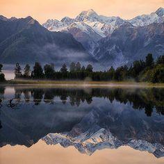 Landscape Photos, Landscape Photography, Nature Photography, Scenic Photography, National Geographic, Beautiful World, Beautiful Places, New Zealand Mountains, Tolle Hotels