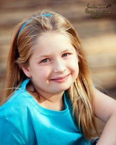 My Sister - My Best Friend / Las Vegas Family portraits/  Children's Pictures/ Las Vegas Photography Studio/ jianphoto.com / Facebook:  www.facebook.com/home.php#!/pages/Joshua-Ian-Photography/113180372053337