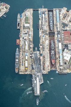 Enter the French nuclear-powered aircraft carrier R 91 Charles de Gaulle in Vauban dry dock No. 1 dock at Les Grands Bassins Vauban's Arsenal, the French DCNS shipbuilding enterprises in Toulon for passage of a second medium repairs.