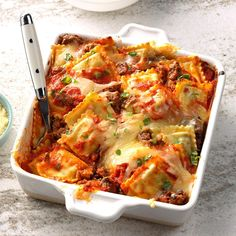 Quick Lasagna Recipe With Ravioli. Ravioli Lasagna Can't Stay Out Of The Kitchen. Ravioli Lasagna Recipe Two Peas Their Pod. Pasta Dishes, Food Dishes, Potluck Dishes, Main Dishes, Pasta Food, Pasta Sauces, Pasta Bake, Beef Dishes, Italian Dishes