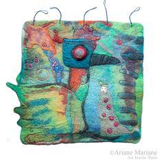 Art singulier contemporaine en feutre de laine par ArianeMariane