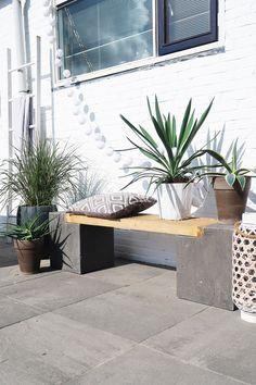 Tuininspiratie: onze tuinverbouwing en veranda - Follow Fashion Garden Water Fountains, Water Garden, Small Gardens, Outdoor Gardens, Water Wise, Backyard, Patio, Garden Inspiration, Home And Living