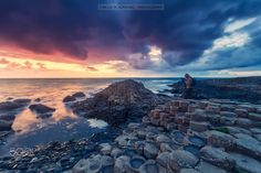 """Catch the giant - Also in <a href=""""https://instagram.com/titoalo/"""">Instagram</a>  I took this shot during sunset in the Giant's Causeway World Heritage Site. The other day, searching for some pictures in my files, i found 2 or 3 that i thought good enough to make a try for the 500px contest. :) Thanks for your visit and have a nice week   Tomé esta foto durante la puesta de sol en la Calzada del Gigante, lugar incluido en la lista de Patrimonio de la Huanidad de la UNESCO. El otro día…"""