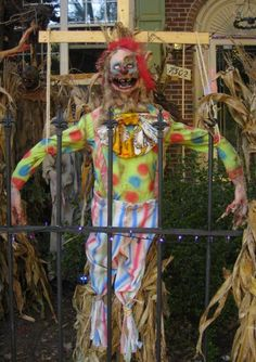scarecrow clown!