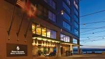 FOUR SEASONS : Seattle With evergreen forests on its outskirts and cultural institutions within, the Emerald City is a place of contrasts, masterfully blending urban sophistication with scenic adventure