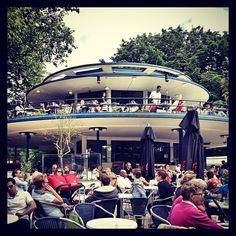 't Blauwe Theehuis en Amsterdam, Noord-Holland – Hay eventos en vivo los sábados.