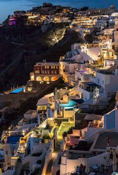 BEAUTIFUL GREECE AT NIGHT!
