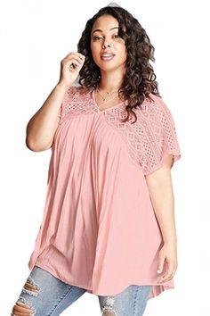d16d9f79f54 Women Plus Size Lace Patchwork Loose V Neck T-Shirt Pink Green Blouse