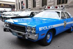 Four-Links NYC cop car show, Reed Brothers Dodge history, coachbuilder Mark Nugent, microcars in the Pacific Northwest
