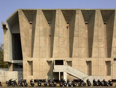 Tagore Memorial Hall, Ahmedebad, 1966 by Pritzker prize award winner Balkrishna Doshi. Architecture Concept Drawings, Architecture Panel, Indian Architecture, Architecture Portfolio, Prix Pritzker, Architectural Photographers, Brutalist, Architect Design, The Guardian