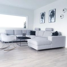 Tiny Living Rooms, Living Room On A Budget, Living Room Grey, Living Room Sofa, Living Room Interior, Home Living Room, Living Room Designs, Living Room Decor, Lounge Design