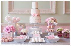 Las mejores mesas de postres del 2013 con detalles en color rosa - Foto My Heart Skipped