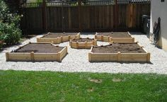 How-to-Build-A-U-Shaped-Raised-Garden-Bed-h-5.jpg 800×491 pixels