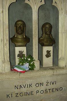 Zmajevi su posmrtne ostatke Petra Zrinskog i Krste Frankopana prenijeli u Zagreb, i 30. travnja 1919. položeni su u kriptu zagrebačke Katedrale, a 1944. položili su u kriptu i posljednje ostatke Petrovog sina Ivana IV. Antuna Baltazara Zrinskog. Misu zadušnicu je služio zagrebački nadbiskup dr. Alojzije Stepinac.