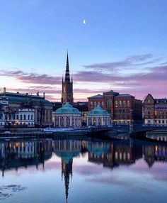 in Stockholm, Sweden's Gamla Stan (Old Town). By: saraj_photos -Riddarholmen in Stockholm, Sweden's Gamla Stan (Old Town). By: saraj_photos - Riddarholmen in Stockholm, Sweden's Gamla Stan (Old Town). By: saraj_photos - Zaragoza Visit Stockholm, Stockholm Sweden, Places To Travel, Places To See, Travel Destinations, Baltic Sea Cruise, Kingdom Of Sweden, Sweden Travel, Travel Europe