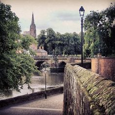 River Dee, Chester (UK) #travelblog #travel #photo by Stella Marega