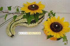Kleefalter: Sonnenblumengesteck im Zierkürbis zum Friday Flowerday