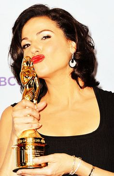 Once Upon A Time Photo: Lana Parrilla won Alma Award for Best Supporting Actress Drama