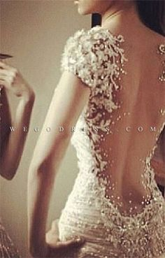 Look at the detail! wedding gown