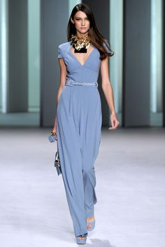 See the complete Elie Saab Spring 2011 Ready-to-Wear collection.