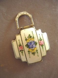 Spectacular Vintage Art Deco Guilloche Compact Floral Purse Style Silverplate